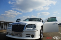 chrysler300c_limousine_kyiv