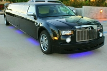 Chrysler-300C-Rolls-Royse-Phantom-kiev